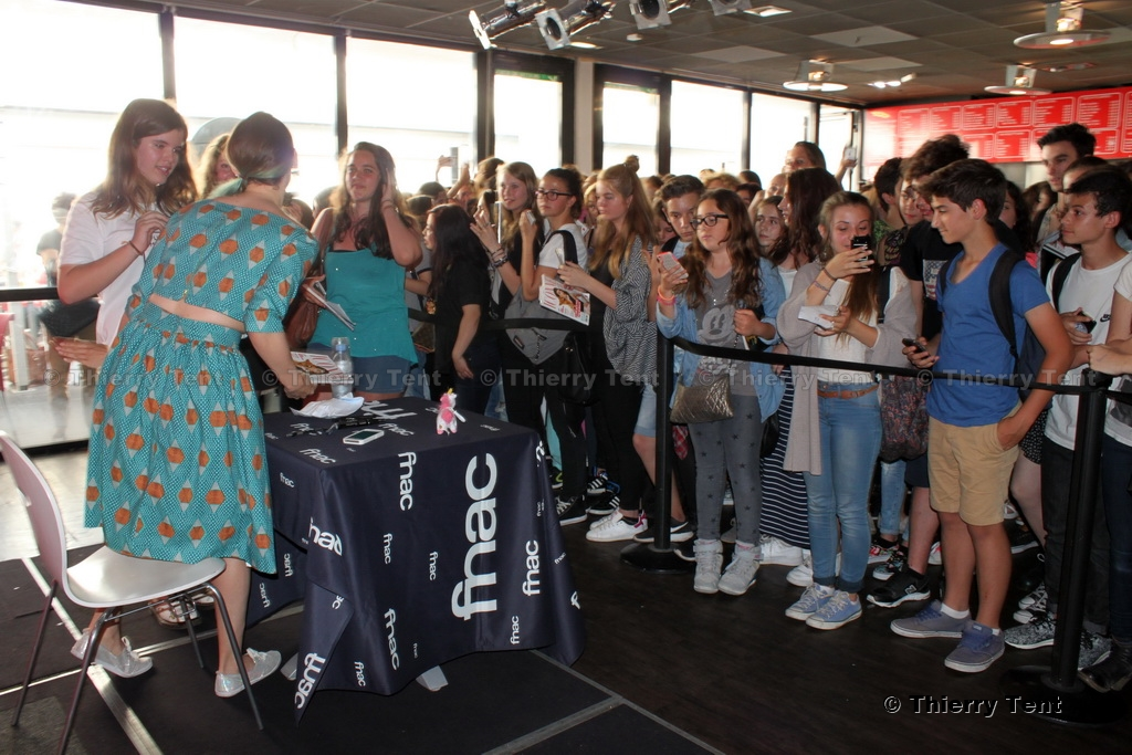 2015-05-13-Dedicaces-Natou-Cannes-(010)